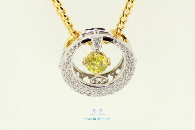 Round Necklace with diamond as cremation jewelry in gold and silver with the heart in diamond logo