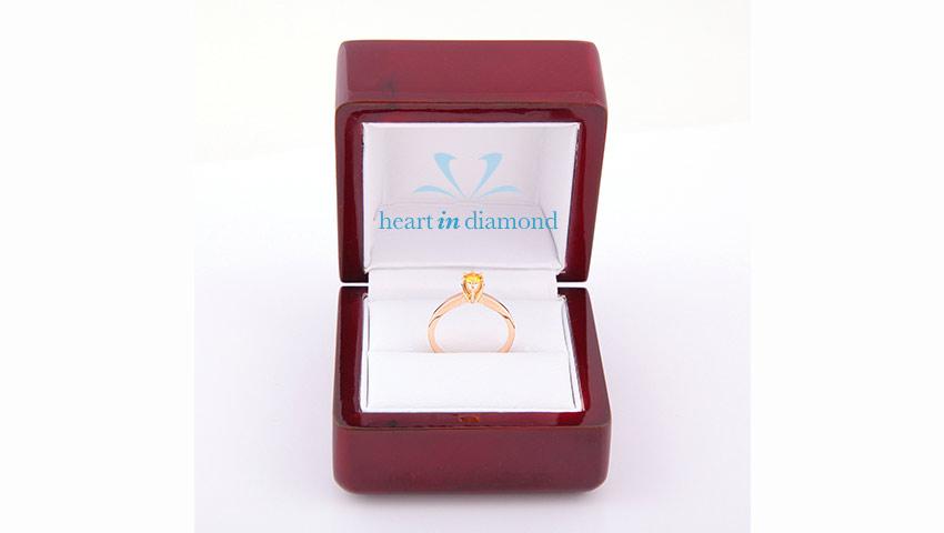 orange-radiant-ring-in-box
