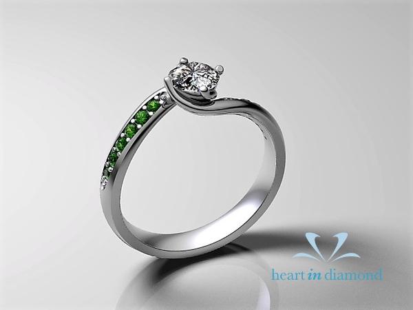 neils_ring_design_white_diamond